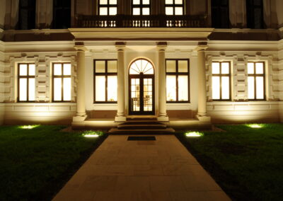 Ton – Renovace vchodových prostor a balustrád