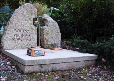 Výroba a oprava pomníků